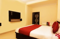 OYO 4998 Sara Residency