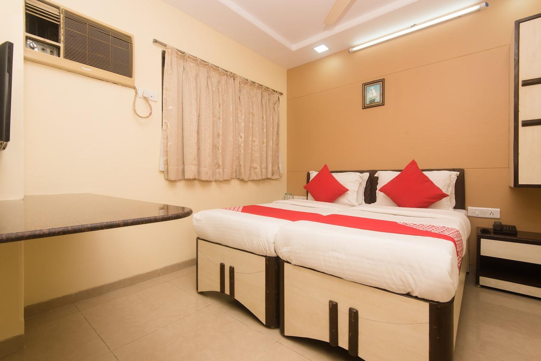 OYO 7151 Hotel Kalpana Palace -1