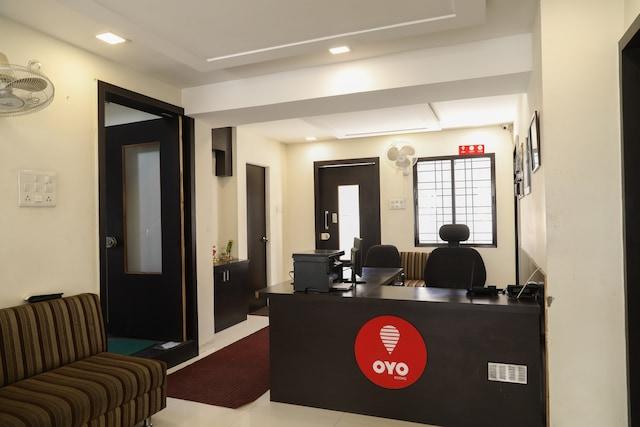 OYO 9023 Dwarka Inn