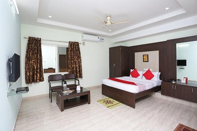 Hotel The Golkonda Oyo Rooms
