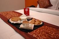 OYO 9075 Petals Inn