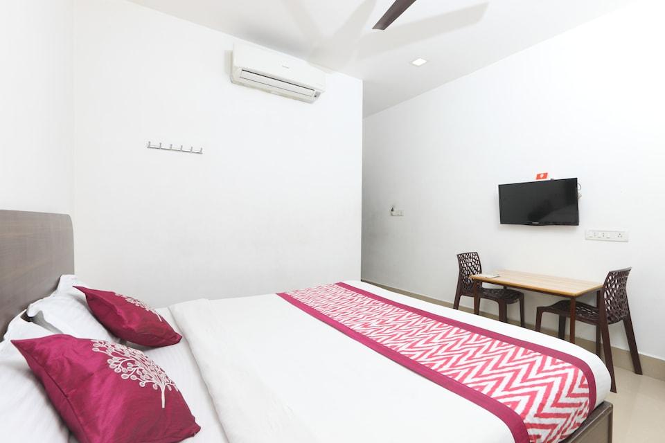 OYO 1246 Raaj Residency