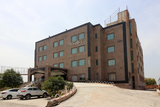 OYO 5342 Motel Gajraj Continental- A Unit Of Gajraj Hotels Pvt Ltd