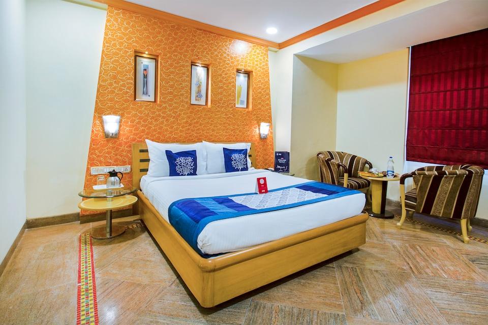 OYO 9303 Celebrity Skyhy Rooms