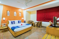 OYO 9303 Celebrity Skyhy Rooms