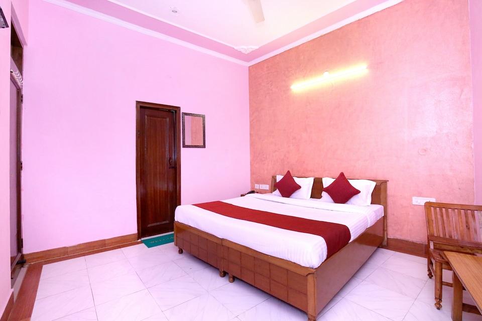 OYO 9229 GMG Hotel
