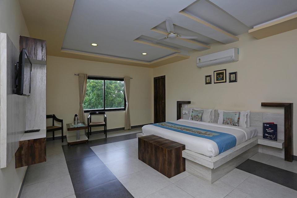 OYO 9204 Hotel Anant Palace