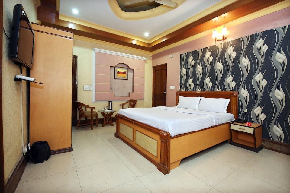 Capital O 10990 Hotel Gobind Regency, Zirakpur, Zirakpur
