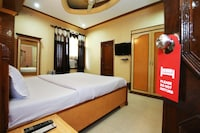 Capital O 10990 Hotel Alaska