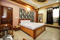 Capital O 10990 Hotel Gobind Regency