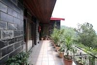 OYO Home 9308 Valley View Studios