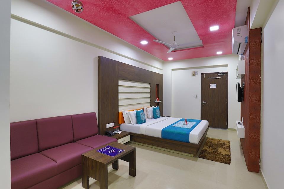 OYO 9238 Hotel Meet Palace