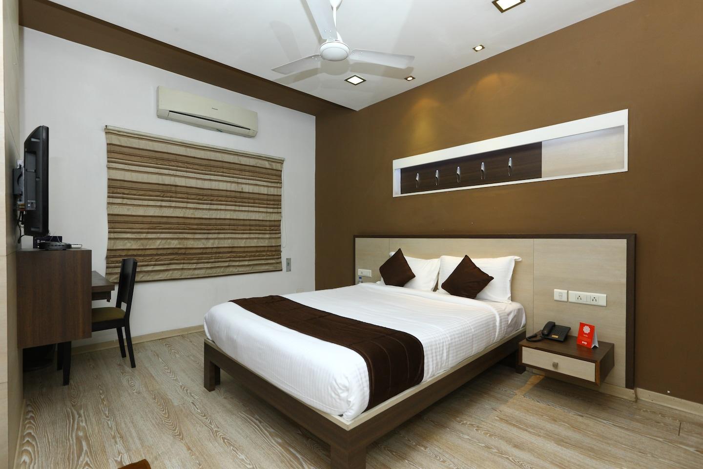 OYO 9911 Apartment Shylee Niwas -1