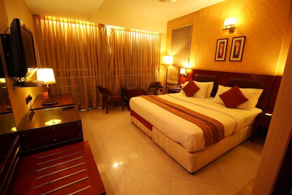 OYO 26257 Hotel The Sun Regency