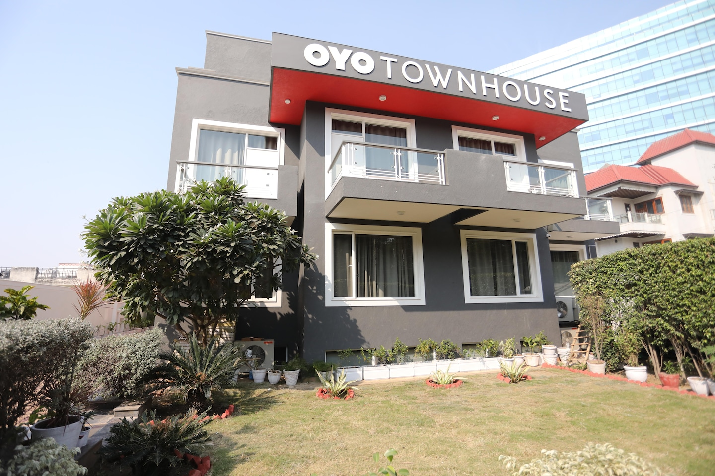 OYO Townhouse 027 Sector 15 Gurgaon -1