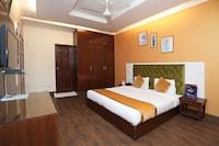 OYO 9300 Hotel Sufyan