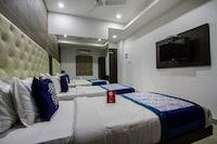 OYO 9405 Aditya Homes