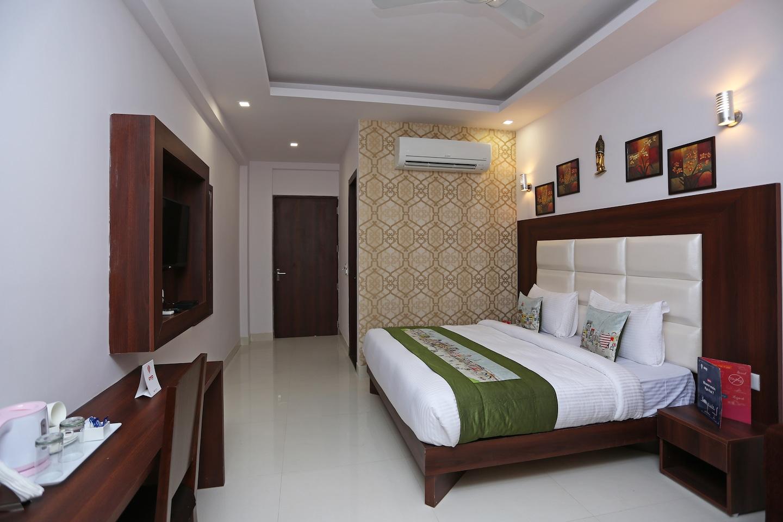 OYO 9268 Hotel Arch -1