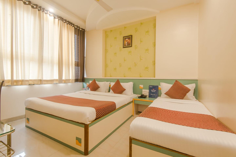 OYO 9501 Hotel Shanti Kamal B N -1