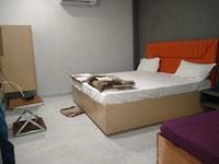OYO 83512 Setia Hotel