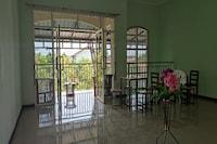 OYO 90709 D'jati Guest House