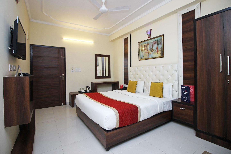 OYO 9424 Hotel Eden -1