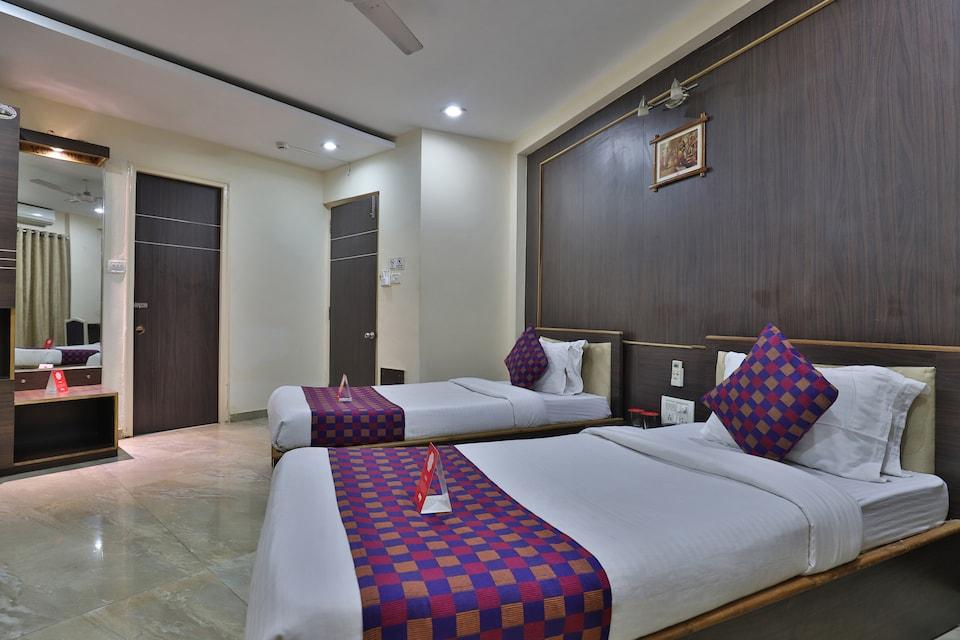 OYO 9512 Hotel Tulsi