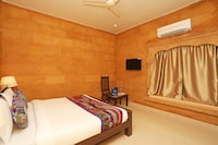 OYO 9737 Hotel Royal Heritage