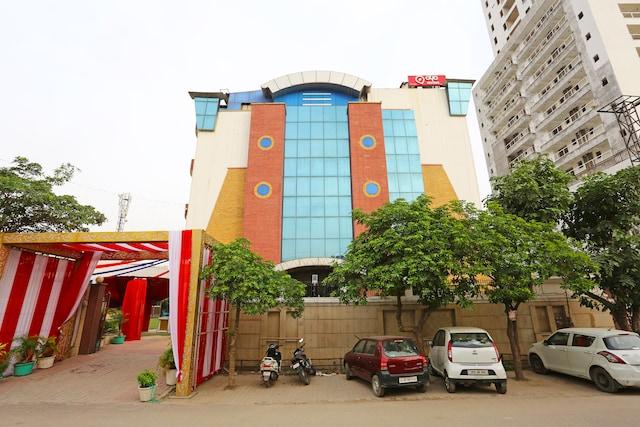 OYO 1299 Hotel Mukut Regency