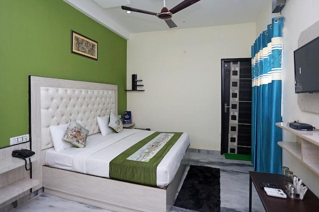 OYO 9382 Aashiyana Paradise