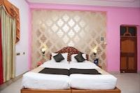 Collection O 120 Gupta Inn Cantonment