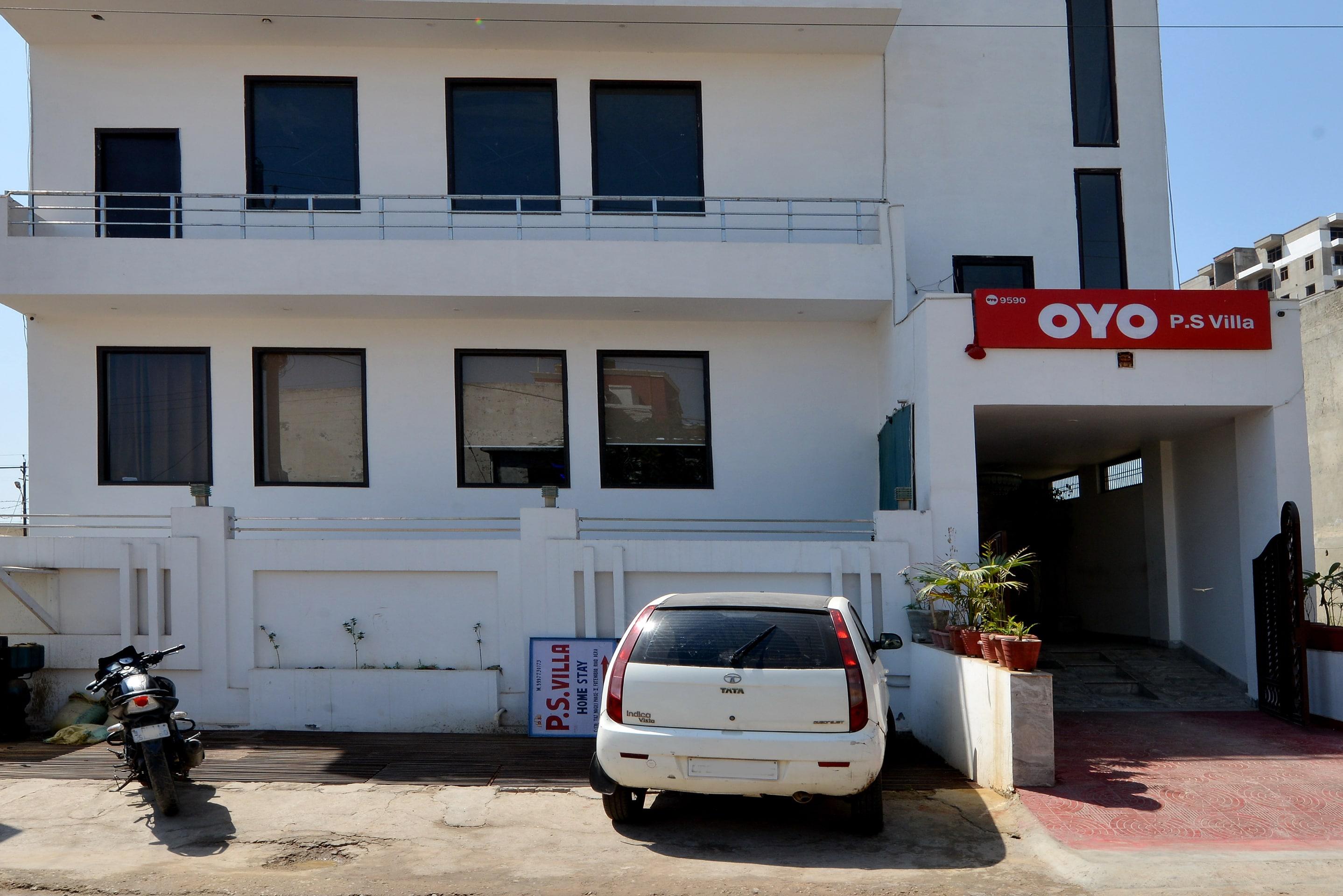 OYO 9590 P S Villa