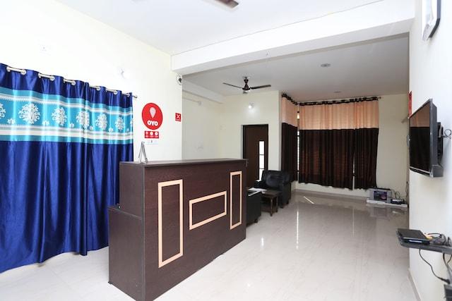 OYO 9548 Hotel Regent