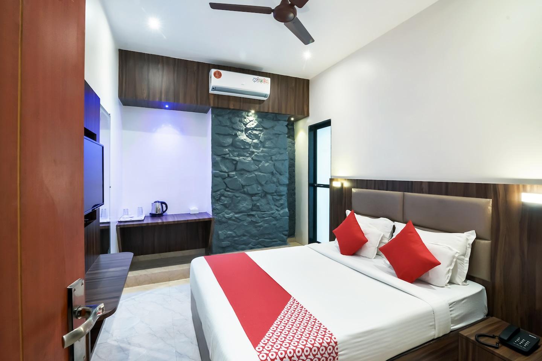 OYO 9395 Hotel Sea Grand -1