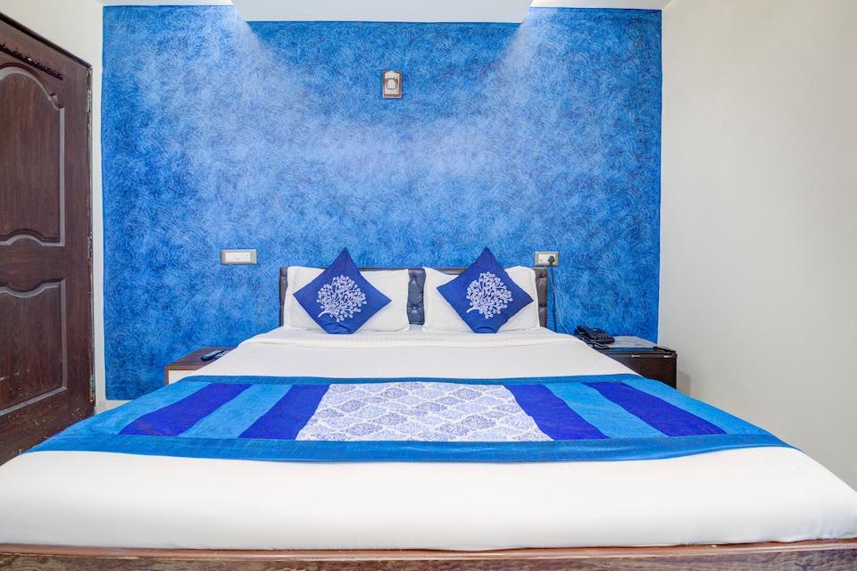 OYO 9748 Hotel Girgaon Palace, Mumbai Central-Byculla, Mumbai