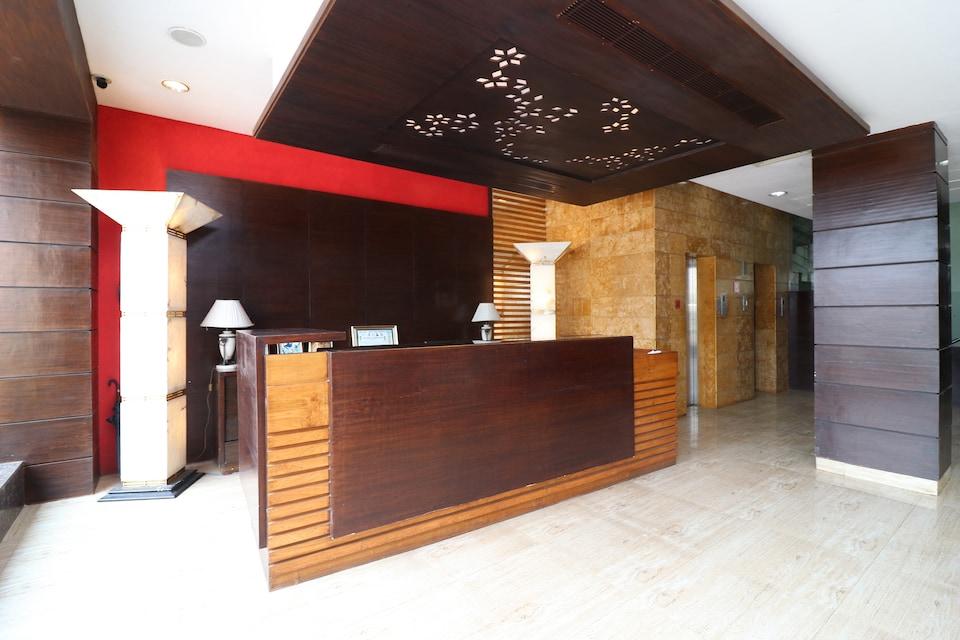 Capital O 9580 Hotel Garnet Inn