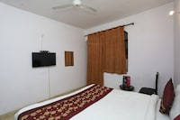 OYO 9534 Brijwashi Residency