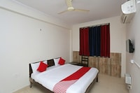 OYO 9843 Hotel Sound Sleep