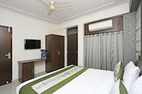 OYO 9596 Hotel Kunj Residency