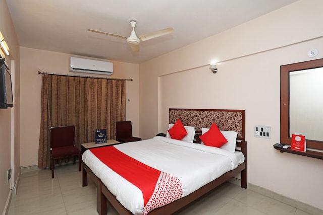 OYO 9713 Hotel Regency