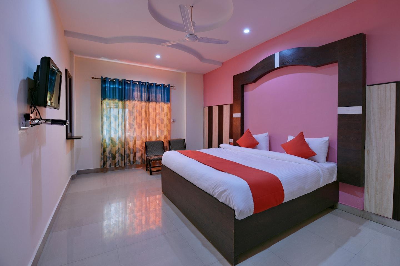 OYO 9844 Hotel Hill View -1