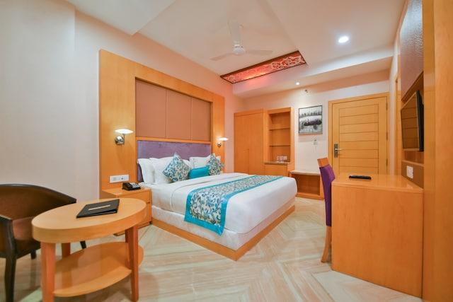 Palette - Hotel Yois