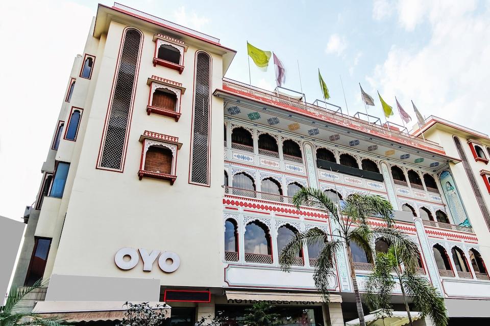 OYO 9654 Hotel Tulip Palace