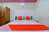 OYO 9576 Hotel Global Inn