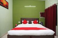 OYO 10827 Hotel Dev Bhoomi