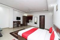 OYO 10257 Hotel Lotus Park
