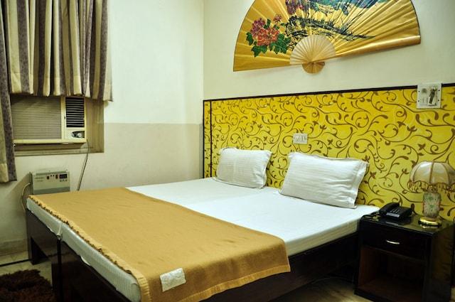 OYO Rooms 001 Huda City Center