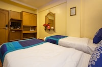 OYO 11499 Hotel Padma Krishna
