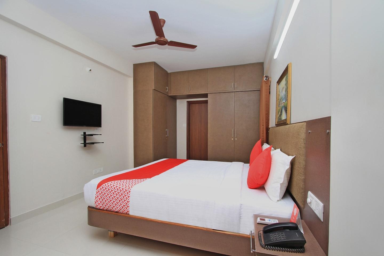 OYO 10379 Hotel Varcity Sapphire -1