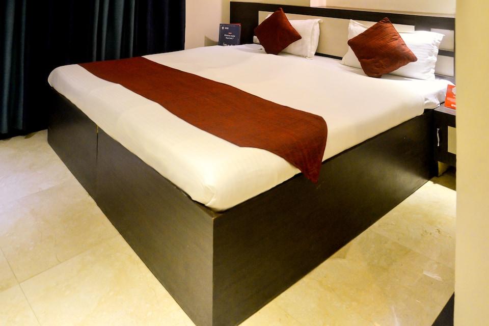 OYO 1343 Hotel Divine Destination